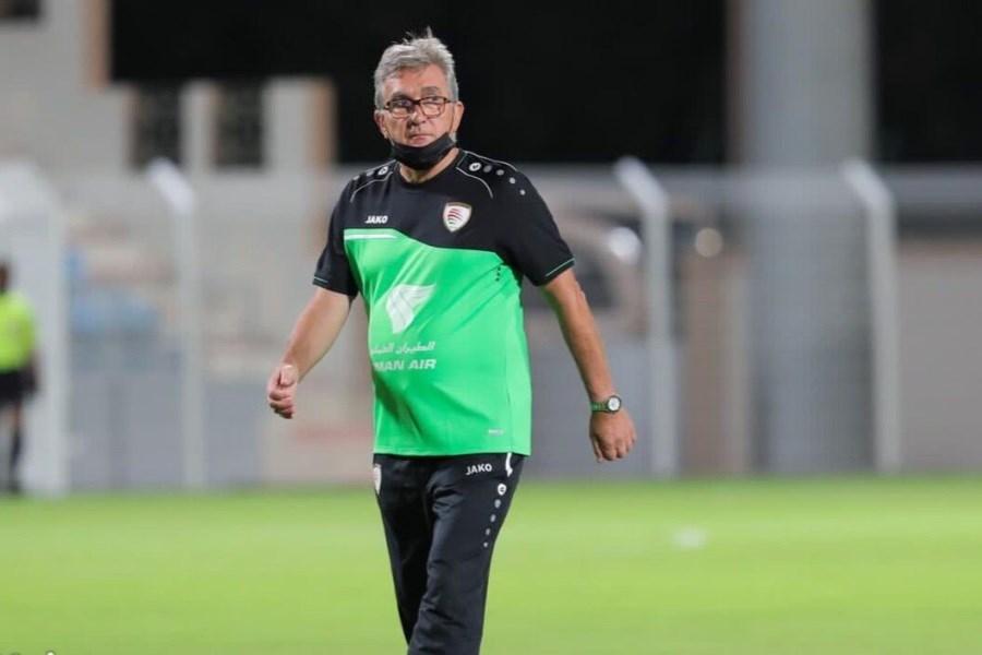 میخواهم فوتبالدوستان عمانی از عملکرد تیم کشورشان در این مسابقه راضی باشند