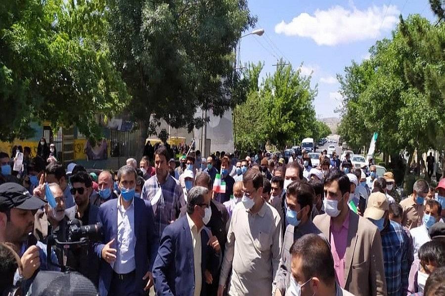 تصویر دولت سلام در جمع مردم غلامان خراسان شمالی