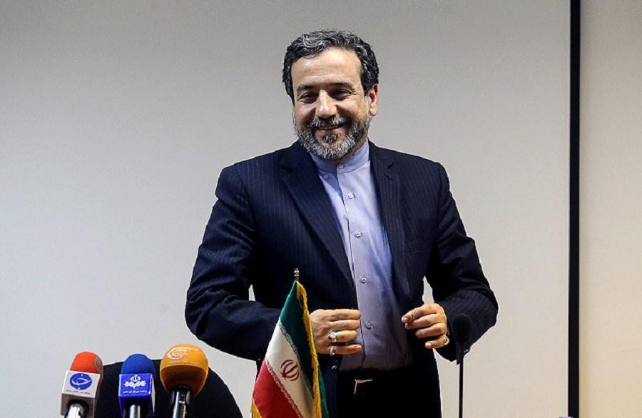تصویر پیام خداحافظی عراقچی از معاونت سیاسی وزارت خارجه