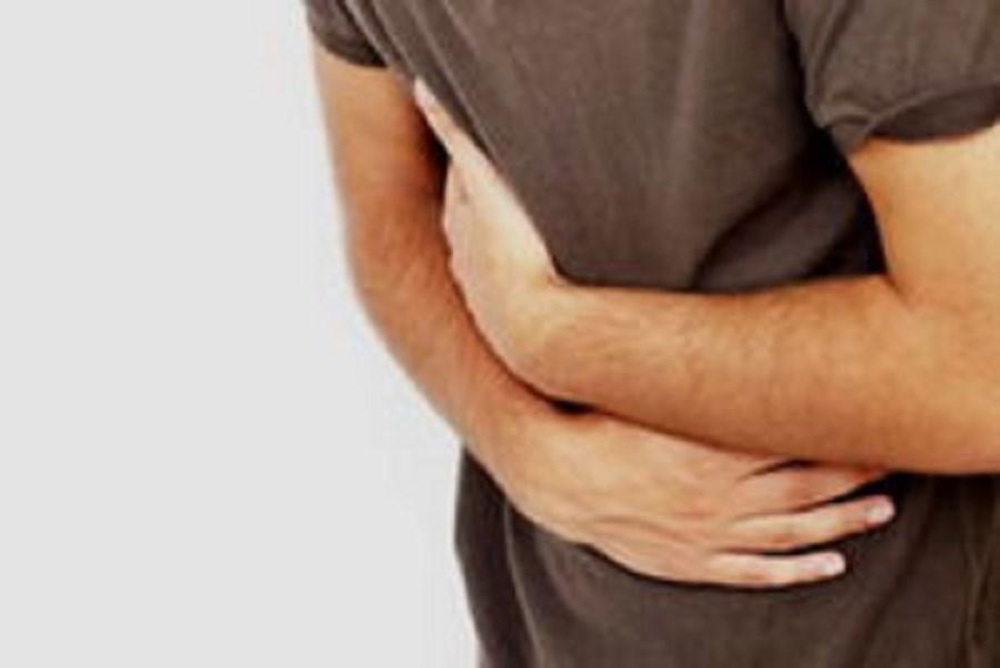 50 نفر در یک تالار عروسی دچار مسمومیت غذایی شدند