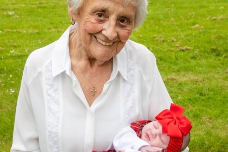 مادربزرگی که ندیدهاش را هم دید