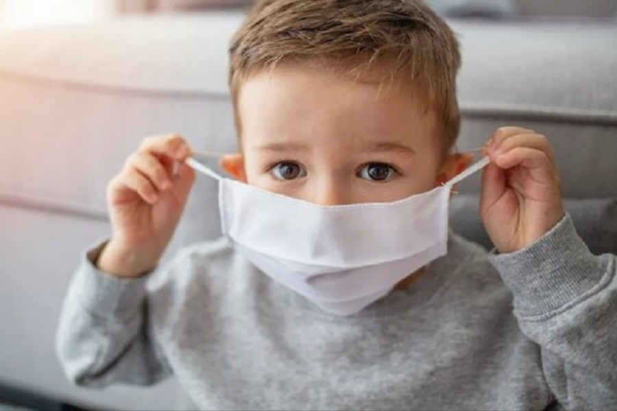 تصویر استفاده از ماسک، سیستم ایمنی کودکان را تضعیف میکند