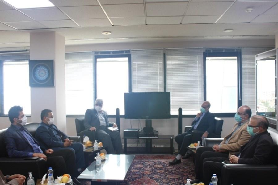 نشست سه جانبه مدیران سه ضلع طرح اقدام ملی مسکن، به میزبانی بانک مسکن استان مرکزی