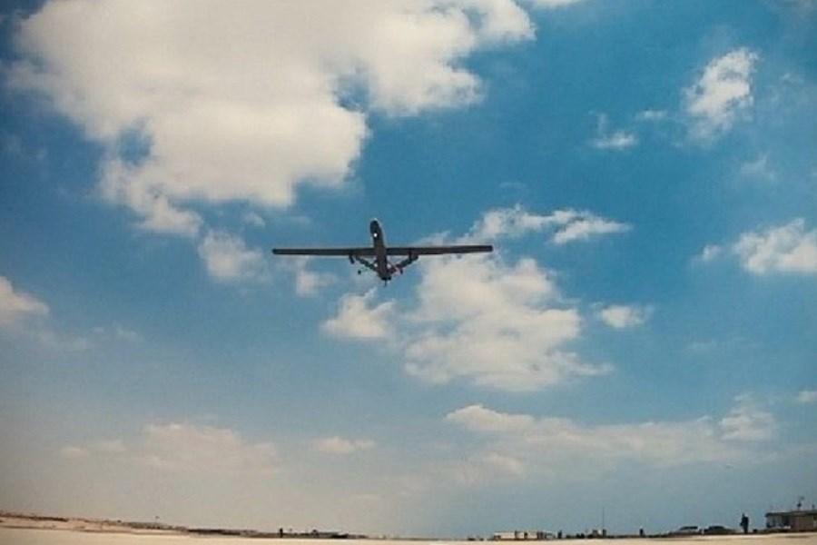 جابه جایی یک هواپیمای نظامی مرموز آمریکایی +فیلم