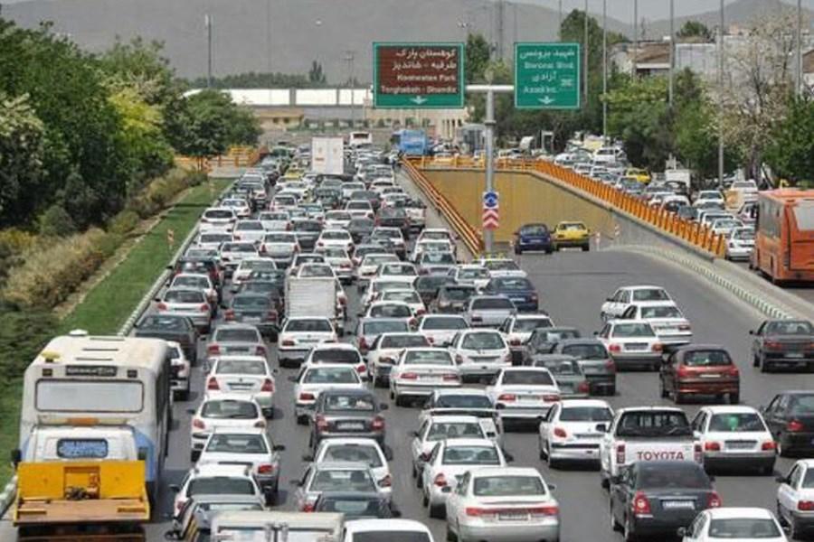 ترافیک نیمه سنگین در ورودیهای مشهد