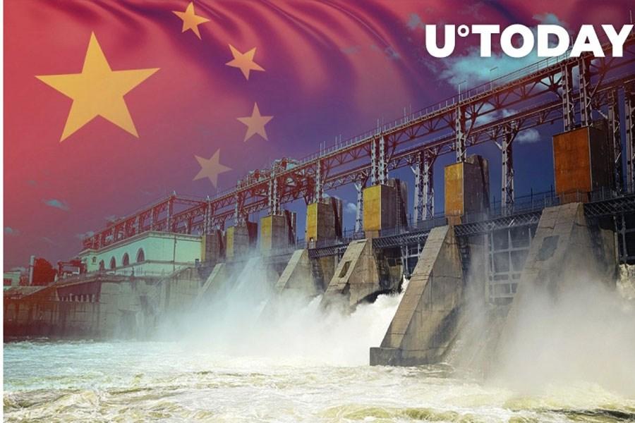فروش ایستگاه های برق آبی همزمان با سخت گیری های استخراج در چین
