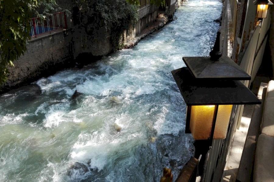 ۱۷۰ واحد صنفی ردشگری در حاشیه رودخانه کرج فعالیت دارند