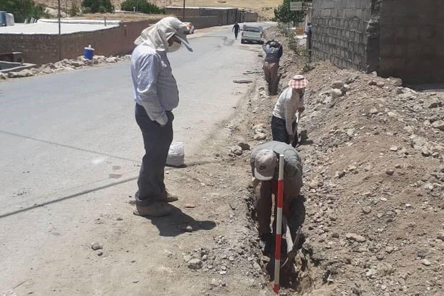 کشف آثار تاریخی در مسیر لوله گذاری گاز در ایلام