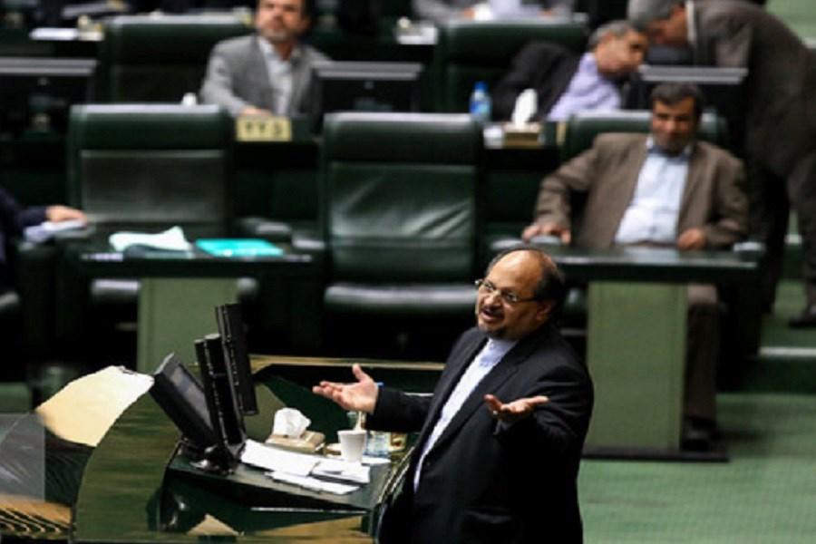 2 کارت زرد وزیر کار در یک روز/ توضیحات شریعتمداری مجلس را قانع نکرد