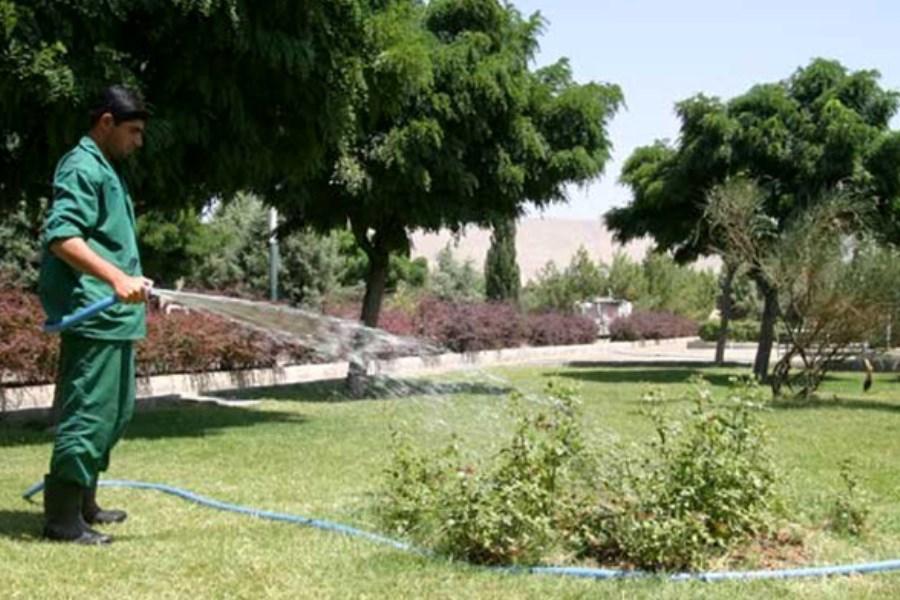 استفاده از آب شرب برای آبیاری فضای سبز تهران ممنوع است