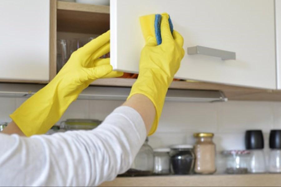 ترفندهایی برای پاک کردن چربی کابینت