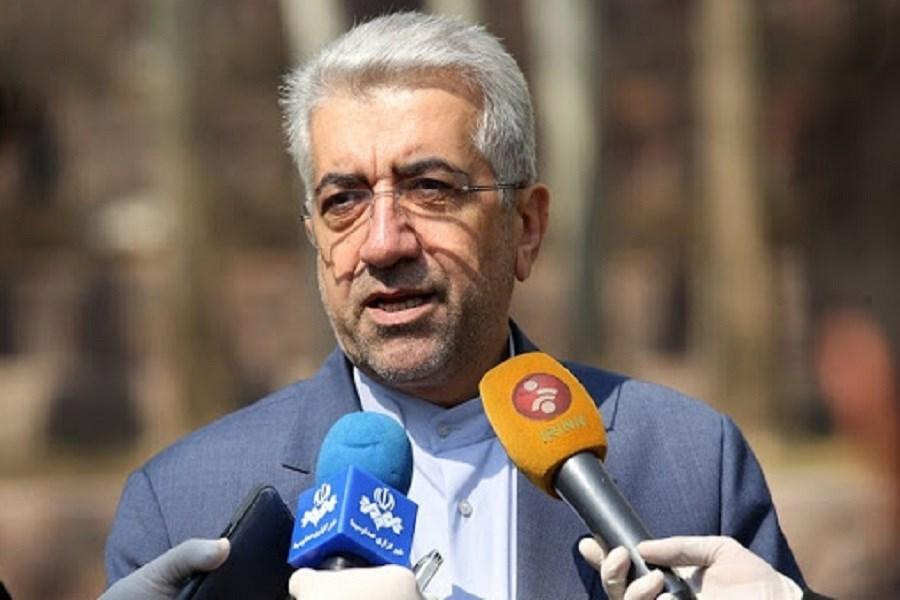 عذرخواهی وزیر نیرو از مردم به خاطر خاموشی ها / مراکز دولتی پنجشنبهها تعطیل میشوند