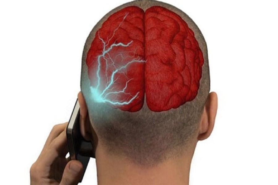 اثرات مخرب امواج تلفن همراه بر سلامتی انسان