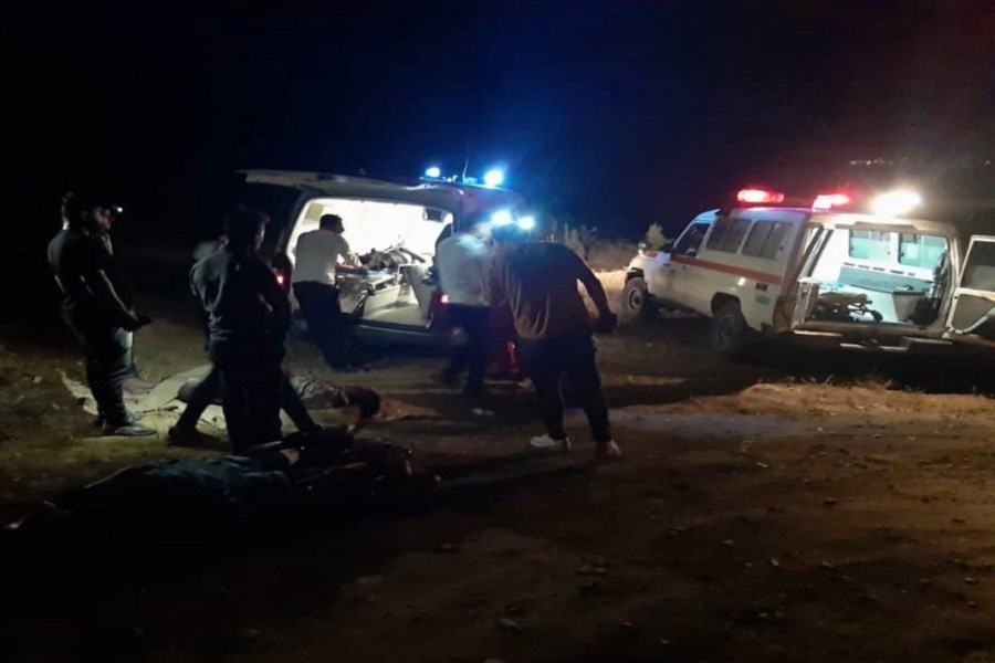 سقوط خودرو به دره طارم قربانی گرفت