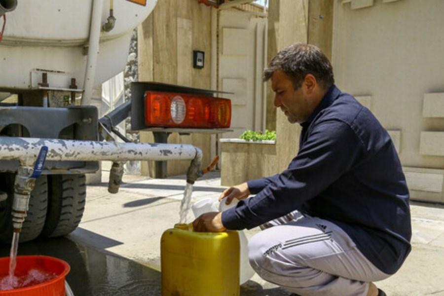 تصویر ۱۰۰ تانکر برای آبرسانی به روستاهای دچار تنش آبی خوزستان اجاره شد