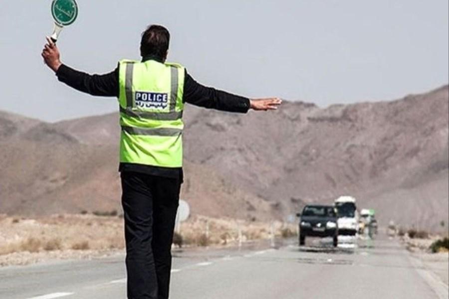 تصویر 3500 خودرو که قصد خروج از تهران را داشتند بازگردانده شدند