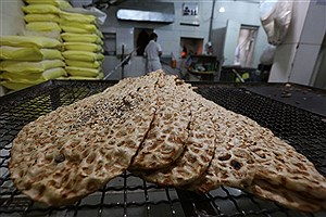 تصویر  توزیع ماهانه سه هزار و۵۷۰ تن آرد بین نانوایان فردیس
