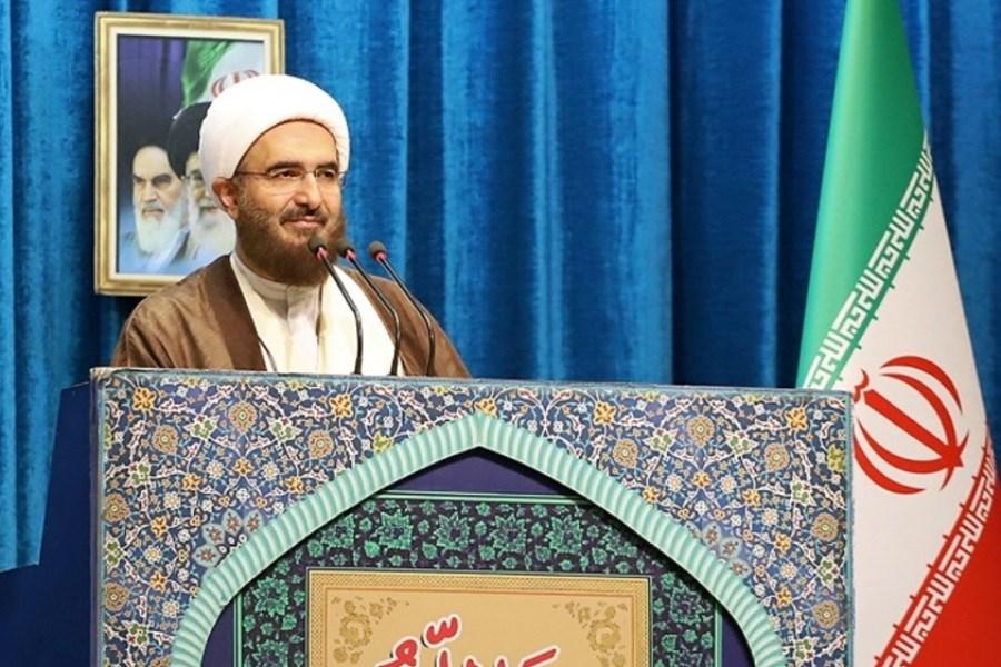 رئیس شورای سیاستگذاری ائمه جمعه به آیت الله شب زندهدار تسلیت گفت