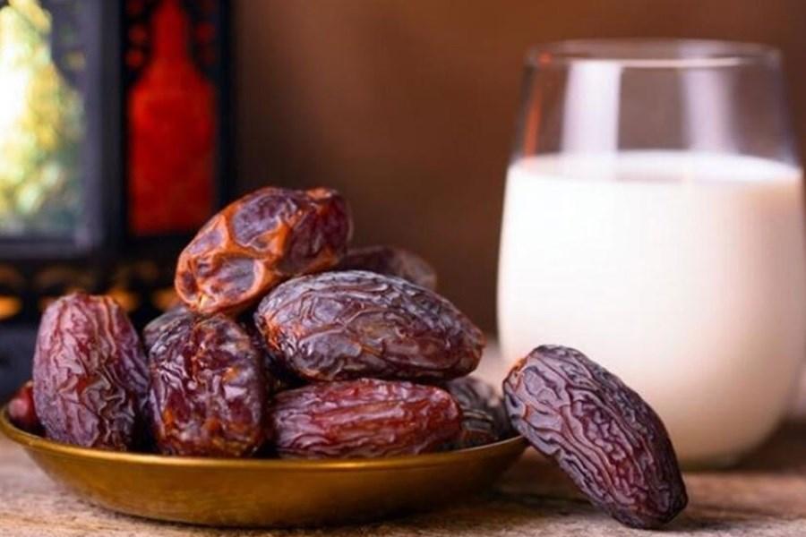 تصویر این میوه ها را با شیر بخورید کمخونی نگیرید