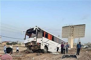 تصویر  یک کشته و سه مجروح، نتیجه تصادف اتوبوس و پراید در جاده جندق-دامغان