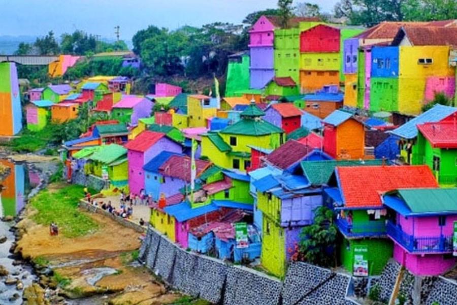 دانشجوی خلاق یک روستا را به جاذبه گردشگری تبدیل کرد