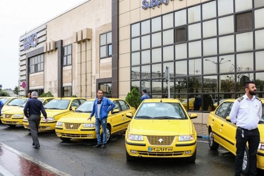 واکسیناسیون رانندگان تاکسی پایتخت در ۴ مرکز اغاز شد