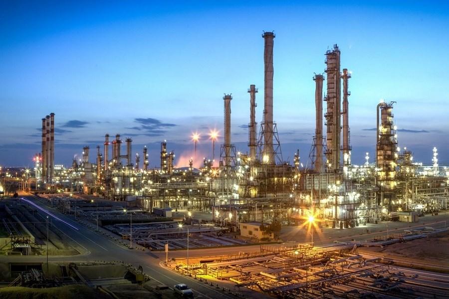 بررسی مسائل و راهکارهای حمایت از تولید در صنعت نفت و گاز در مجلس