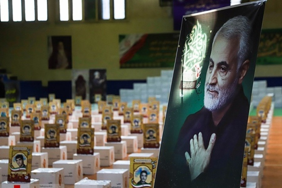 بیش از یکهزار بسته معیشتی و بهداشتی توسط ارتش در ایرانشهر توزیع شد