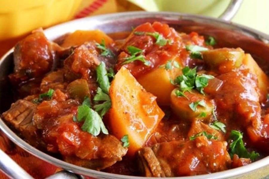 تصویر خوراک گوشت و سیبزمینی