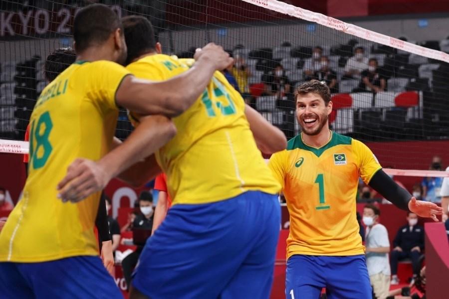 تصویر صعود برزیل به نیمه نهایی