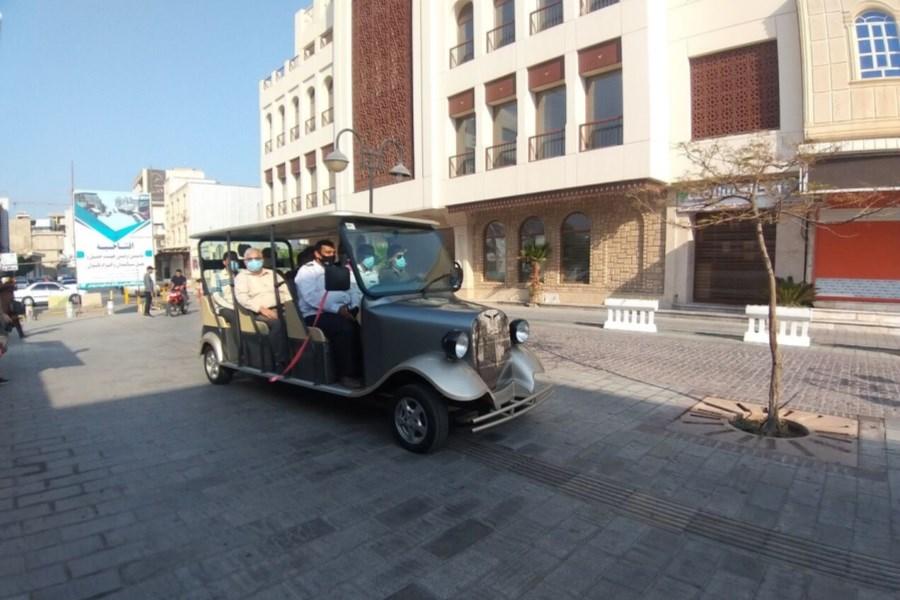 راهاندازی خودرو عمومی برقی ویژه تردد سالمندان در بوشهر