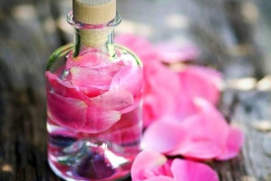 تصویر فواید شگفت انگیز گلاب برای سلامتی