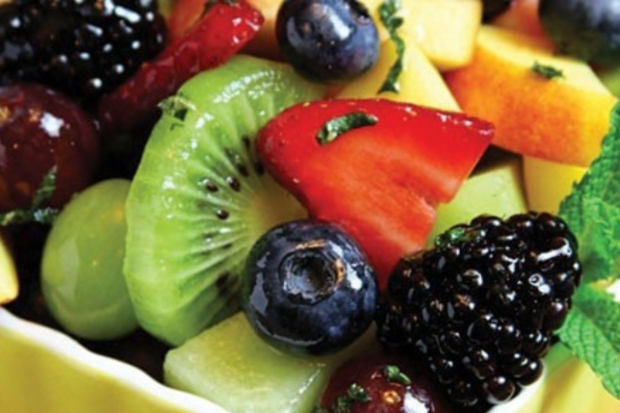 تصویر میوه های کم قند برای رژیم لاغری