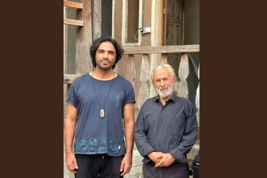 انتشار ویدیوی جدید علی قمصری در کنار مرد سبز مازندران