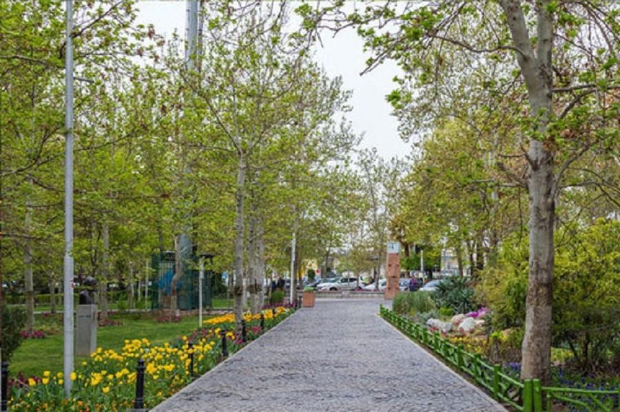 پارکها در شهرهای قرمز تعطیل شدند