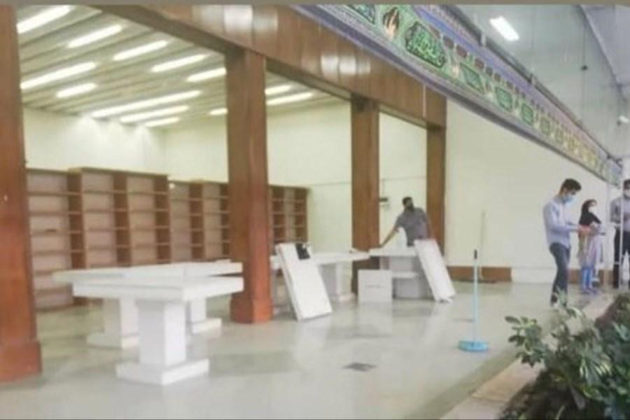 توزیع داروهای کرونایی در یک کتابفروشی بزرگ در مشهد