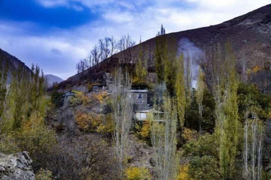 تصویر معرفی تنها روستای آبی ایران در نزدیکی پایتخت