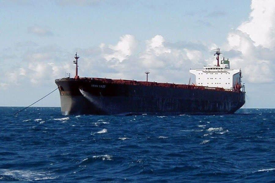 شکست سنگین سیاستهای تحریمی آمریکا در پی حرکت کشتی ایرانی به سمت لبنان