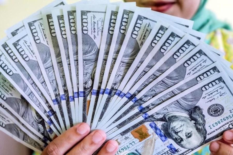 کاهش قیمت دلار در دومین روز هفته