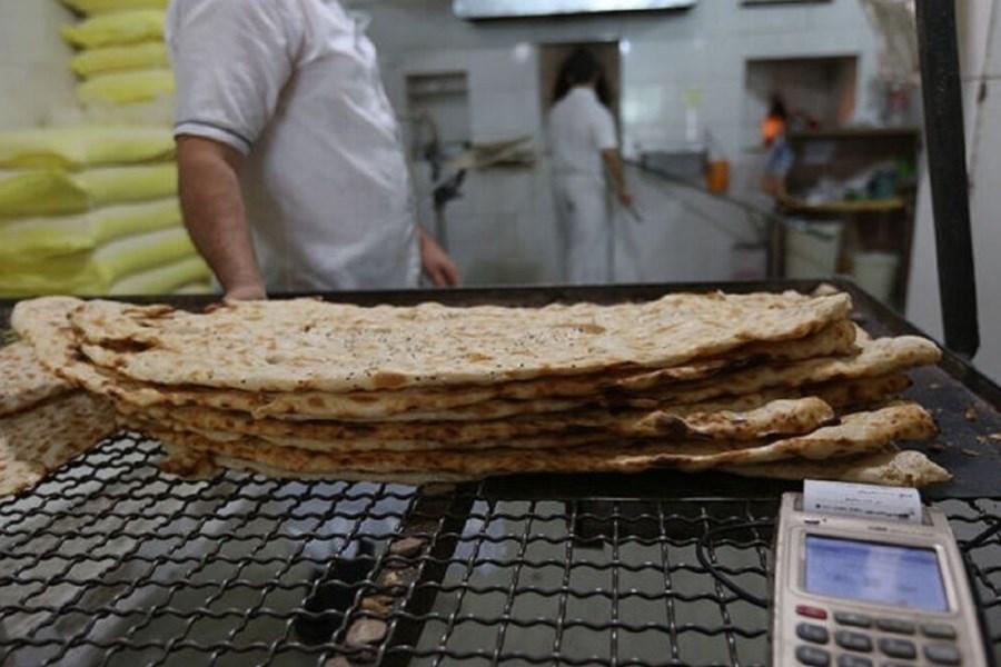 کاهش سهمیه آرد نانوایان متخلف در البرز
