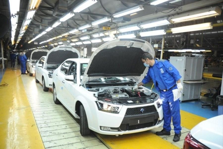 پیشتازی ایران خودرو در تولید و تامین بازار خودرو/ برتری ۲۸ درصدی تولید نسبت به رقیب در مردادماه