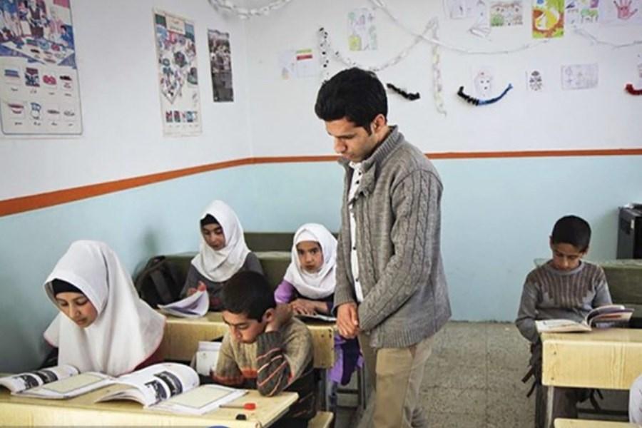 نگاهی به آموزش در منطقههای دورافتاده و چالشهای سربازمعلمان بیتجربه در تدریس