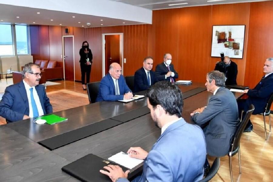 دیدار و گفتگوی مدیرکل آژانس و فؤاد حسین با محوریت برجام