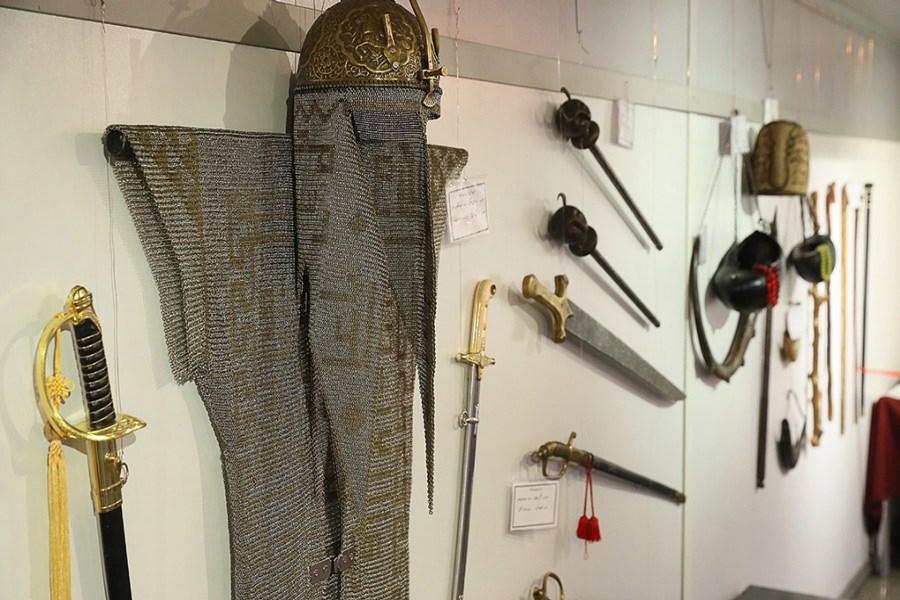 ۳۰۶۰ قطعه اشیاء تعزیه خوانی با قدمتی کهن/ تنها موزه تخصصی عاشورایی در سطح کشور