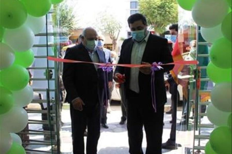 باجه بانک مهر ایران در تاکستان افتتاح شد