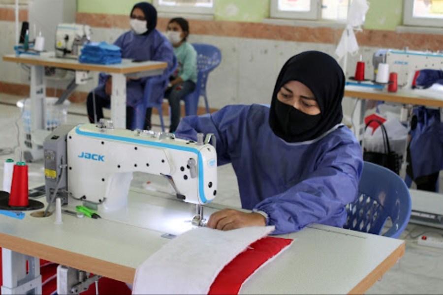 وجود یک انجمن مستقل مد و لباس، فعالیت طراحان لباس را سازماندهی میکند