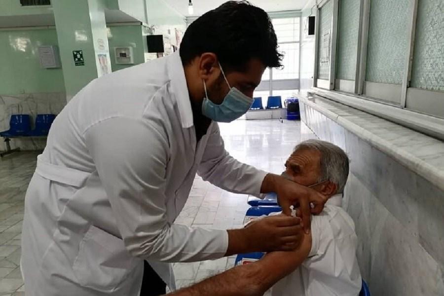 رکورد تزریق واکسن کرونا در آذربایجانغربی/ تزریق بیش از 41 هزار دز در عرض یک روز