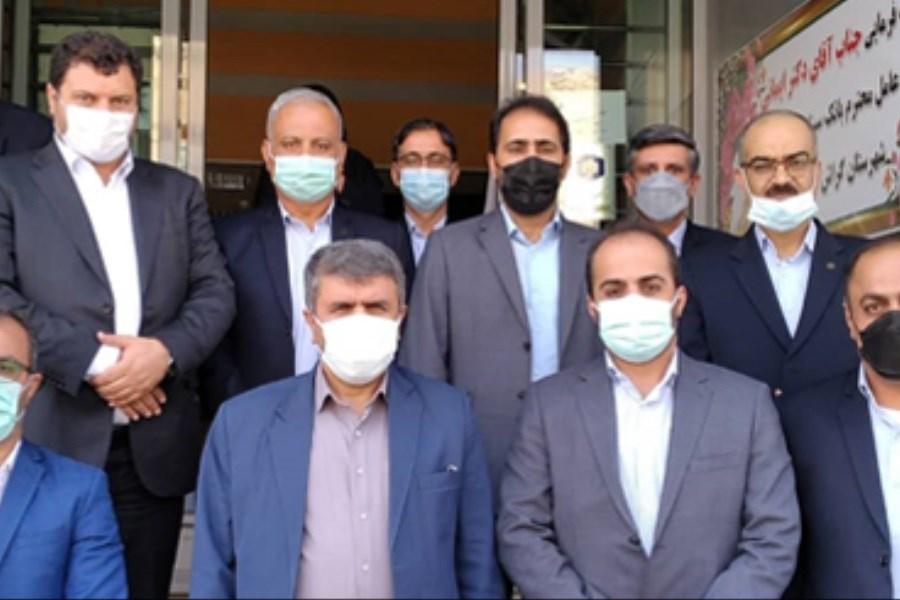 تصویر حضور موثر و کارآمد بانک سینا در جنوب استان فارس