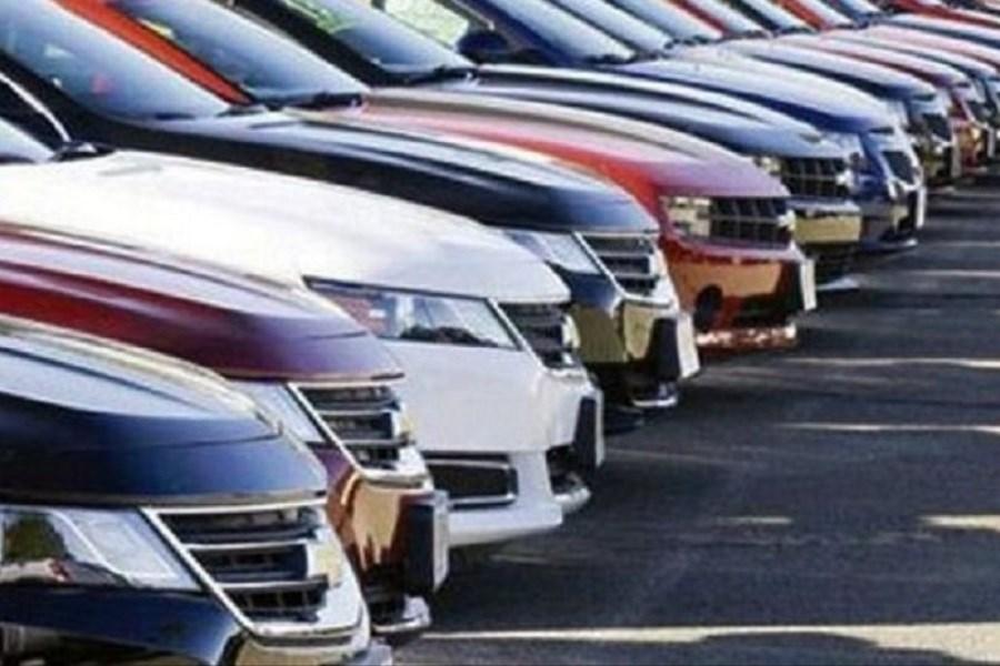 مجلس گوش خودروسازان بی کیفیت را پیچاند/ مجوز ورود خودروهای خارجی صادر شد