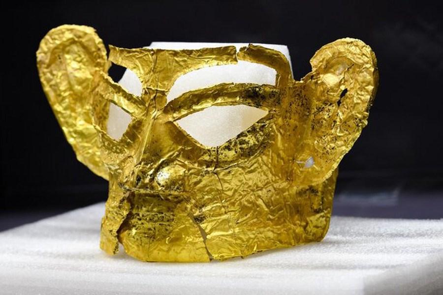 تصویر ماسک طلایی تاریخی در چین کشف شد